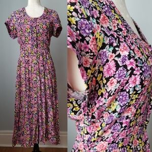 Dresses & Skirts - Vintage Floral Maxi Dress pink Black Size 12